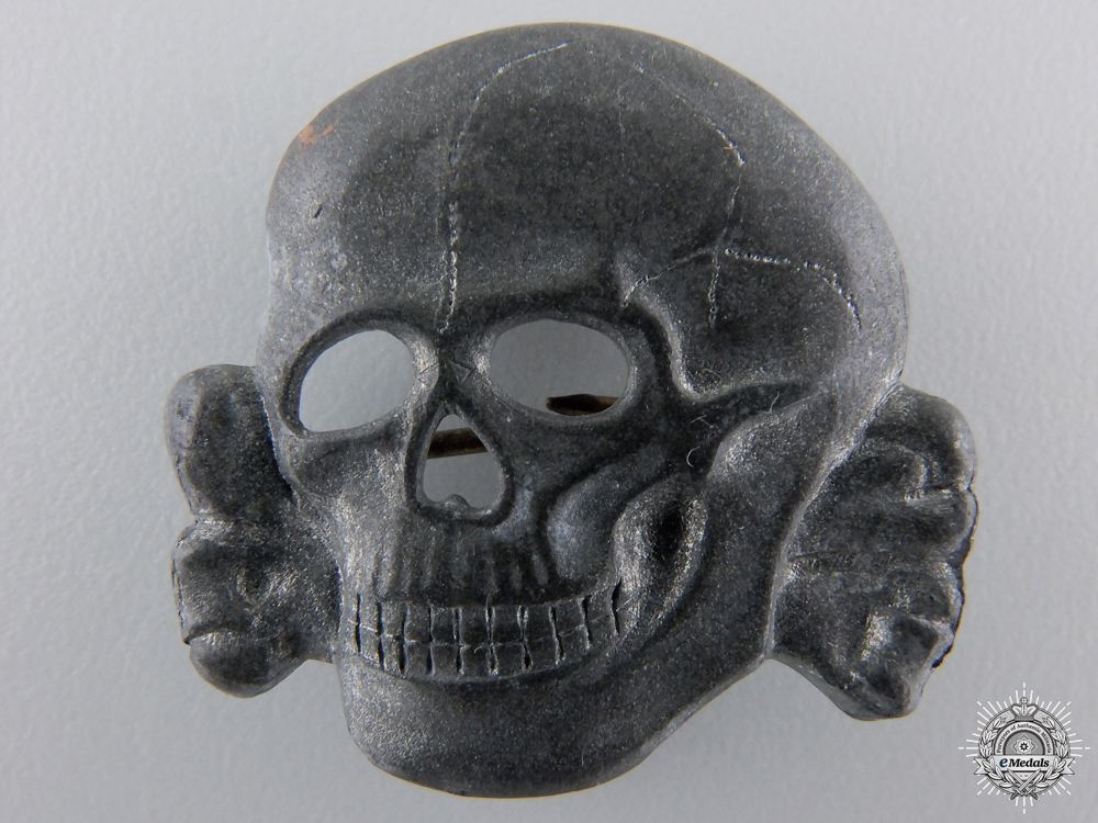 eMedals-An SS Visor Cap Skull Marked Ges.Gesch.
