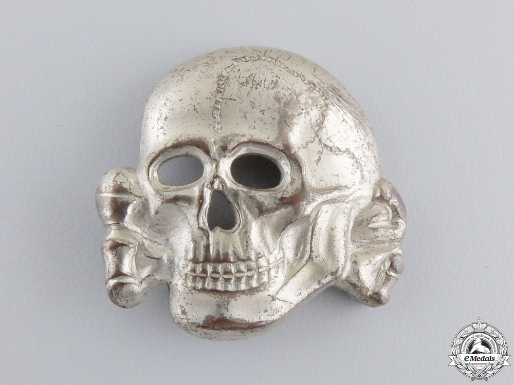 eMedals-An SS Visor Skulls Marked RZM 499/41 by Zimmerman