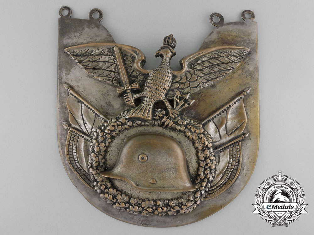 eMedals-A German Frontline Fighters' Stahlhelm Standard Bearer's Gorget