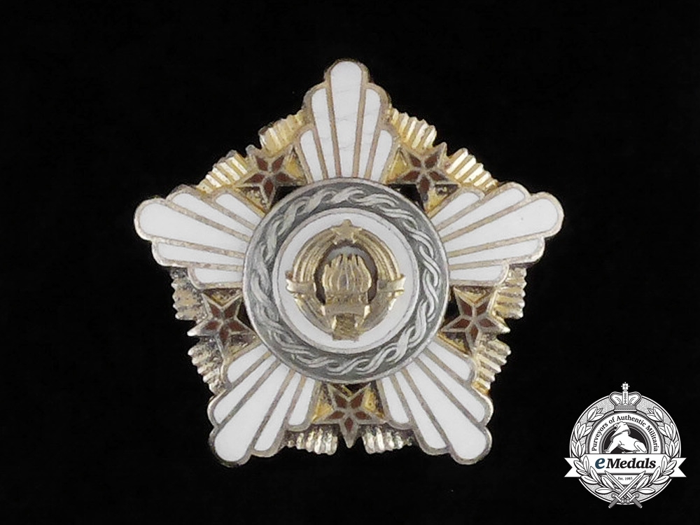 eMedals-A Yugoslavian Order of the Republic with Silver Wreath; Cased Early Version