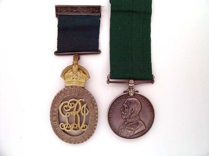 eMedals-Pair: Lieutenant-Colonel R. A. Robertson,