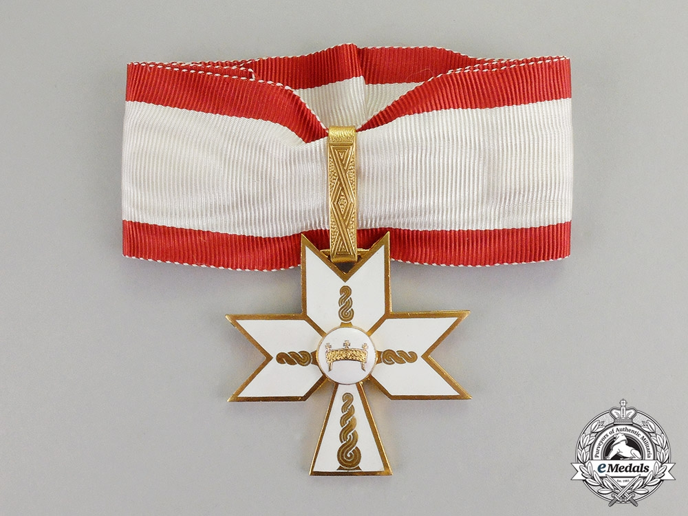 eMedals- Croatia. An Order of King Zvonimir's Crown, 1st Class Commander, by  B. Knaus of Zagreb