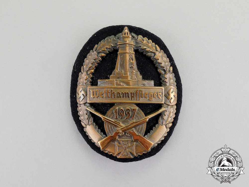 eMedals- Germany. A 1937 Kyffhäuser League Bronze Shooting Competition Winner Badge