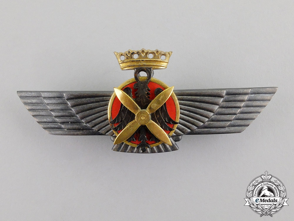 eMedals- Spain. An Early Civil War Period Nationalist Air Force Pilot Badge
