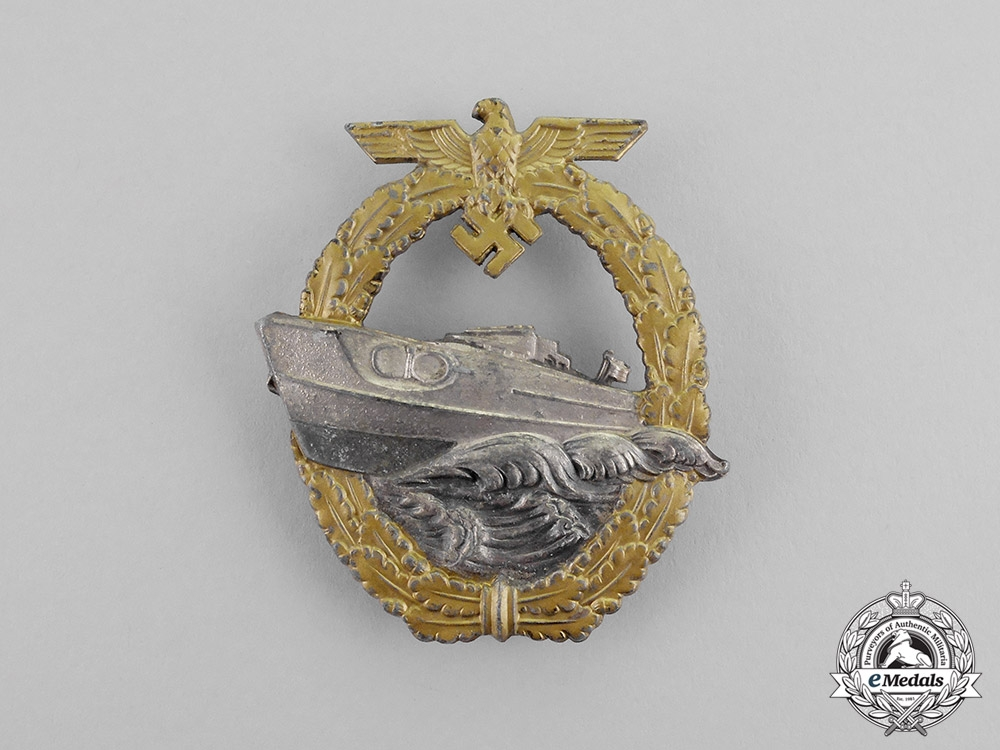 eMedals- Germany. A Kriegsmarine E-Boat Badge by Schwerin; Second Type - Variant One