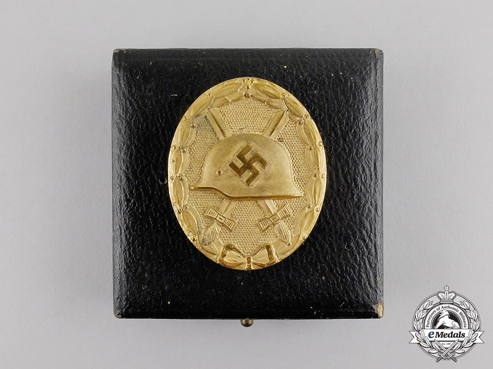 eMedals-Germany. A Gold Grade Wound Badge by The Official Vienna State Mint
