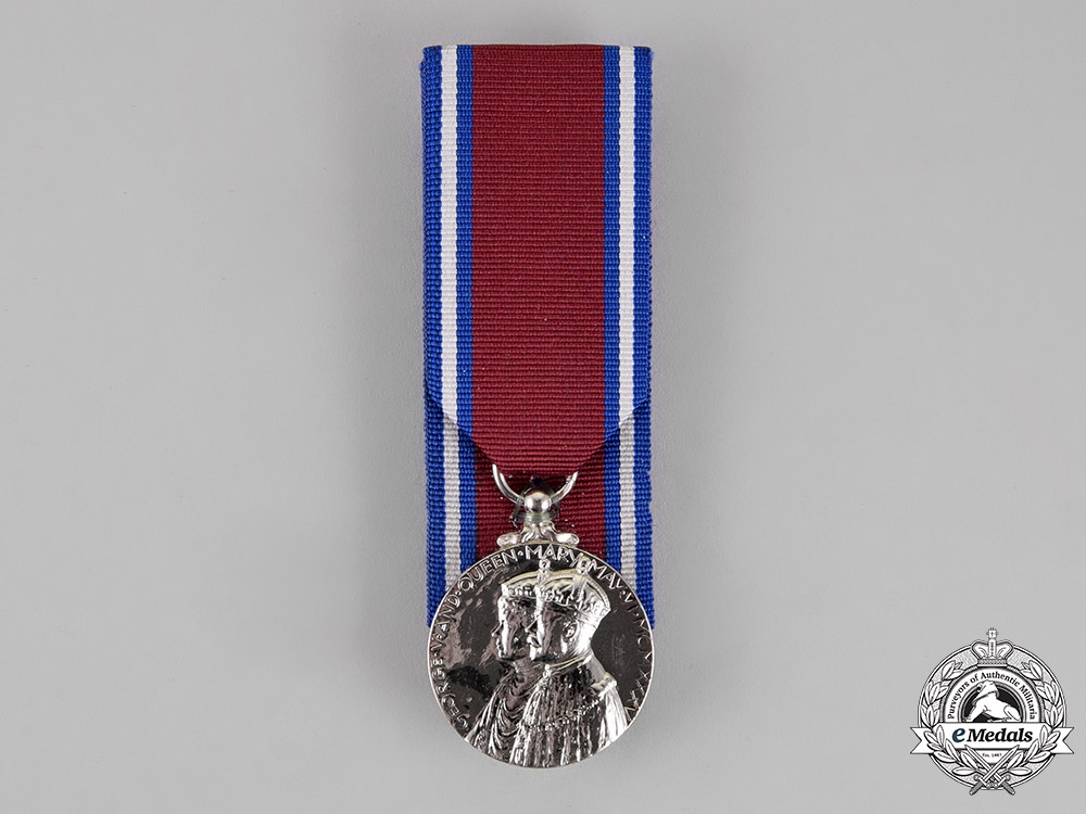 eMedals-United Kingdom. A King George V and Queen Mary Silver Jubilee Medal 1910-1935