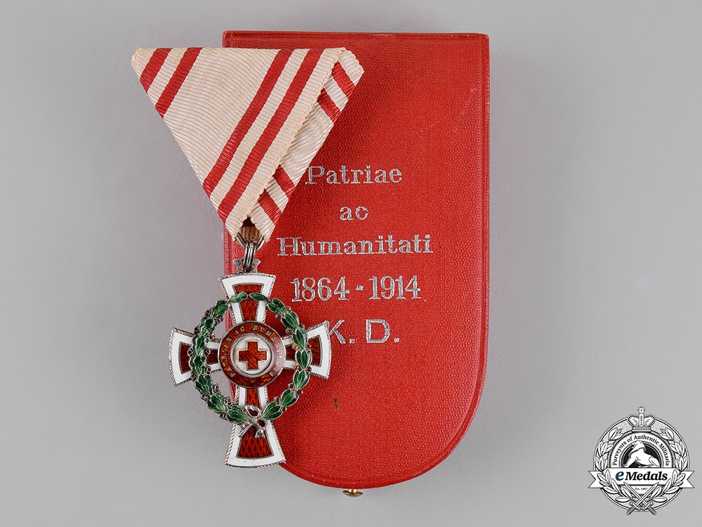 eMedals-Austria, Empire. An Honour Decoration of the Red Cross, 2nd Class with War Decoration, Cased