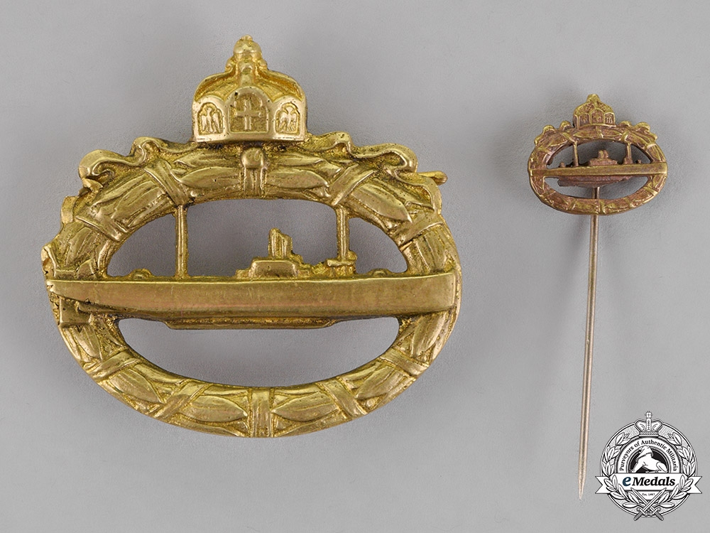 eMedals-Prussia. An Imperial Submarine (U-Boot) Badge with its Matching Submarine
