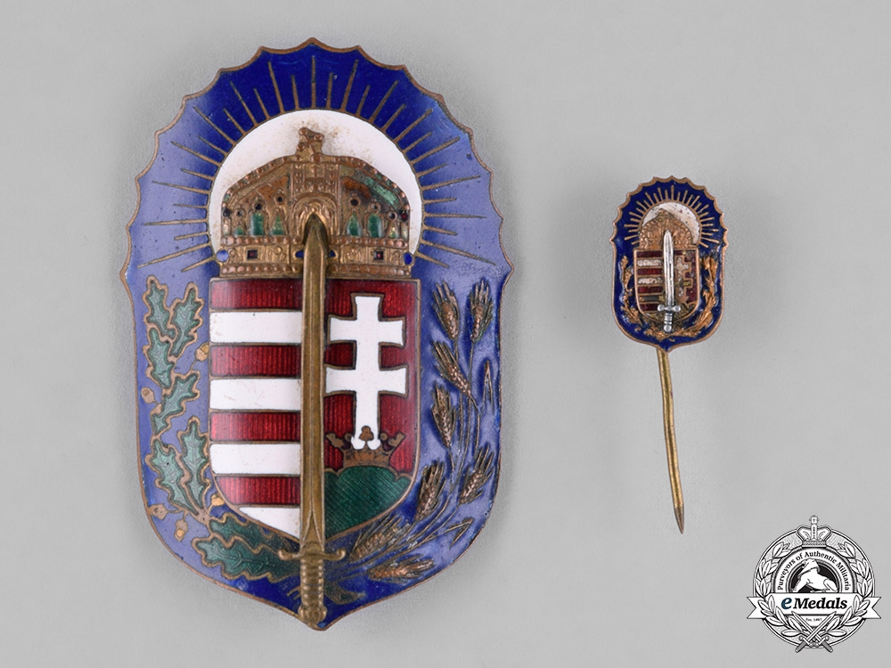eMedals-Hungary, Kingdom. An Order of Vitez Badge with Miniature