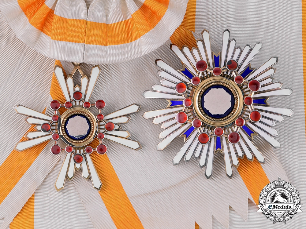 eMedals-Japan, Empire. An Order of the Sacred Treasure, First Class Grand Cross, c.1910