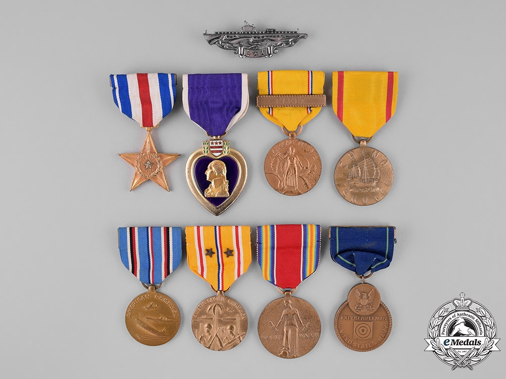 eMedals-United States. A Silver Star Group to Commander Walling, USN, KIA Aboard the Submarine USS Snook