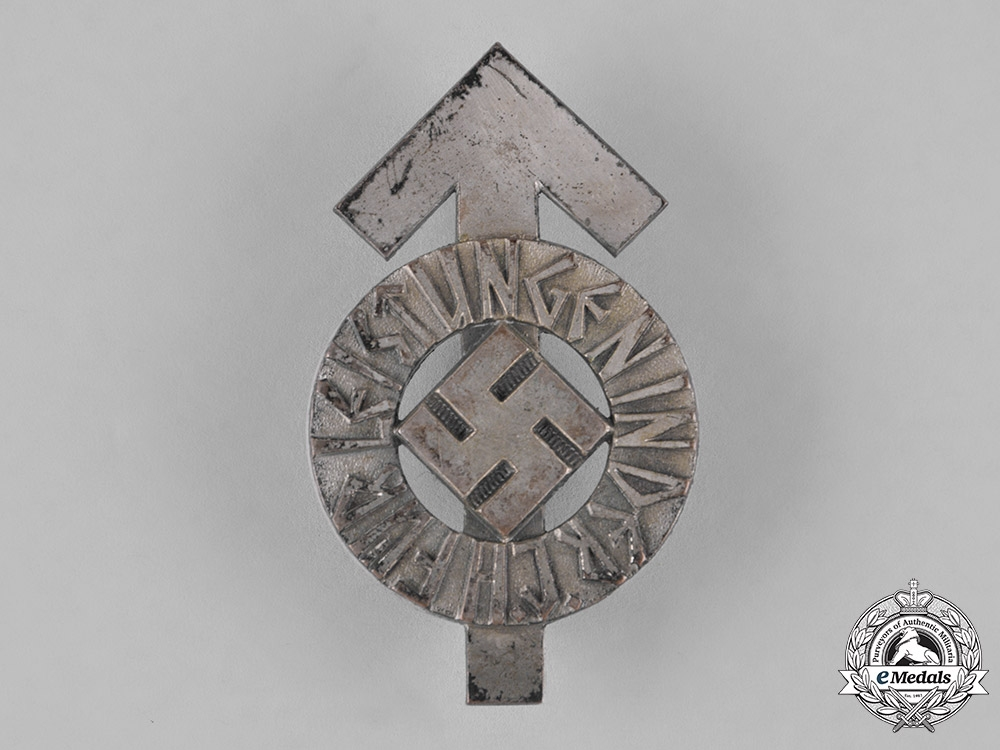 eMedals-Germany. An HJ Proficiency Badge, Silver Grade, with its Original Paper Packet of Issue