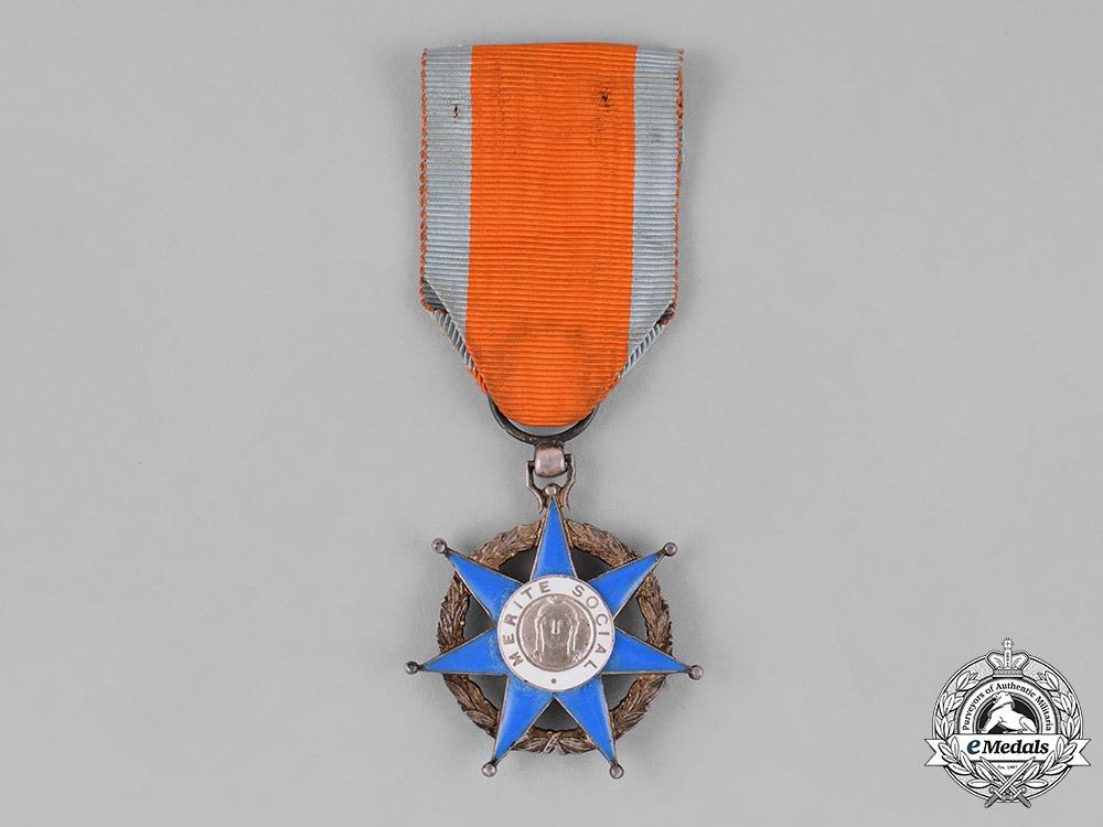 eMedals-France, Republic. An Order of Social Merit, Knight, c.1945