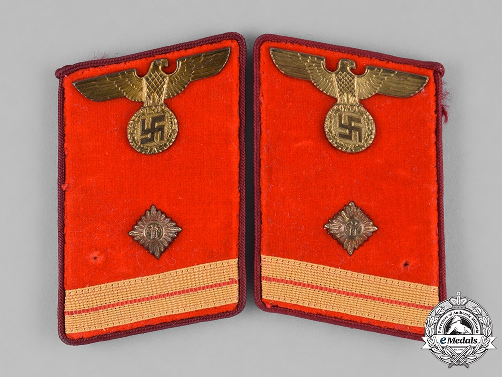 eMedals-Germany, NSDAP. A Set of NSDAP Hauptarbeitsleiter Collar Tabs, RZM Marked, with Proof Tag