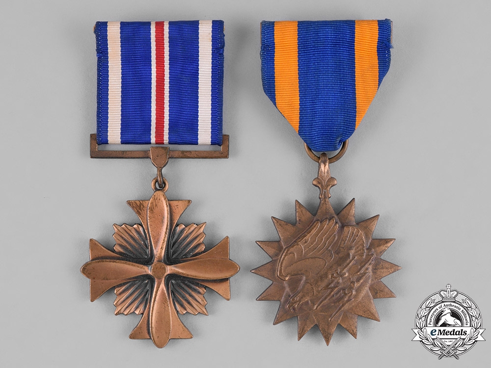 eMedals-United States. A Pair of Air Force Service Medals