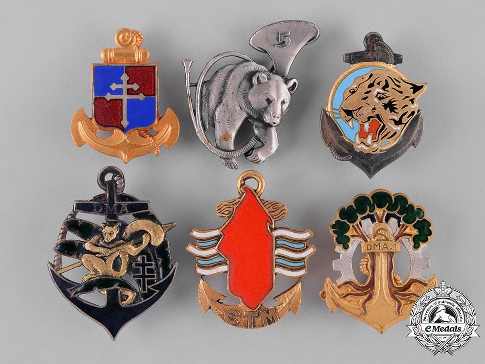 eMedals-France, Republic. Sixteen Military Regimental Insignia Badges