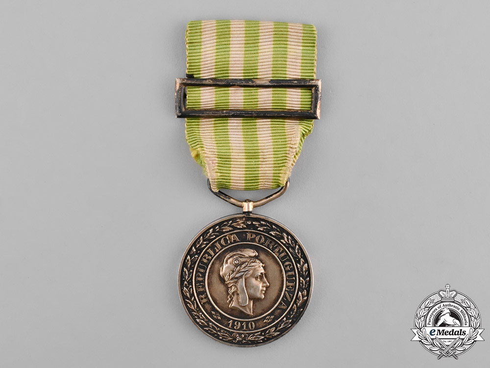 eMedals-Portugal, Republic. An Exemplary Conduct Medal, Gold Medal c.1915