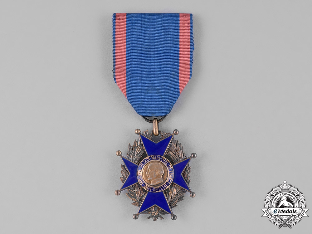 eMedals-France, Vichy Government. A National Order of Labour, Knight, c.1942