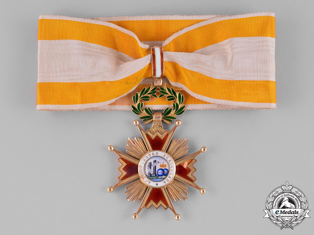 eMedals-Spain, Kingdom. An Order of Isabella the Catholic in Gold, I Class Commander c.1900