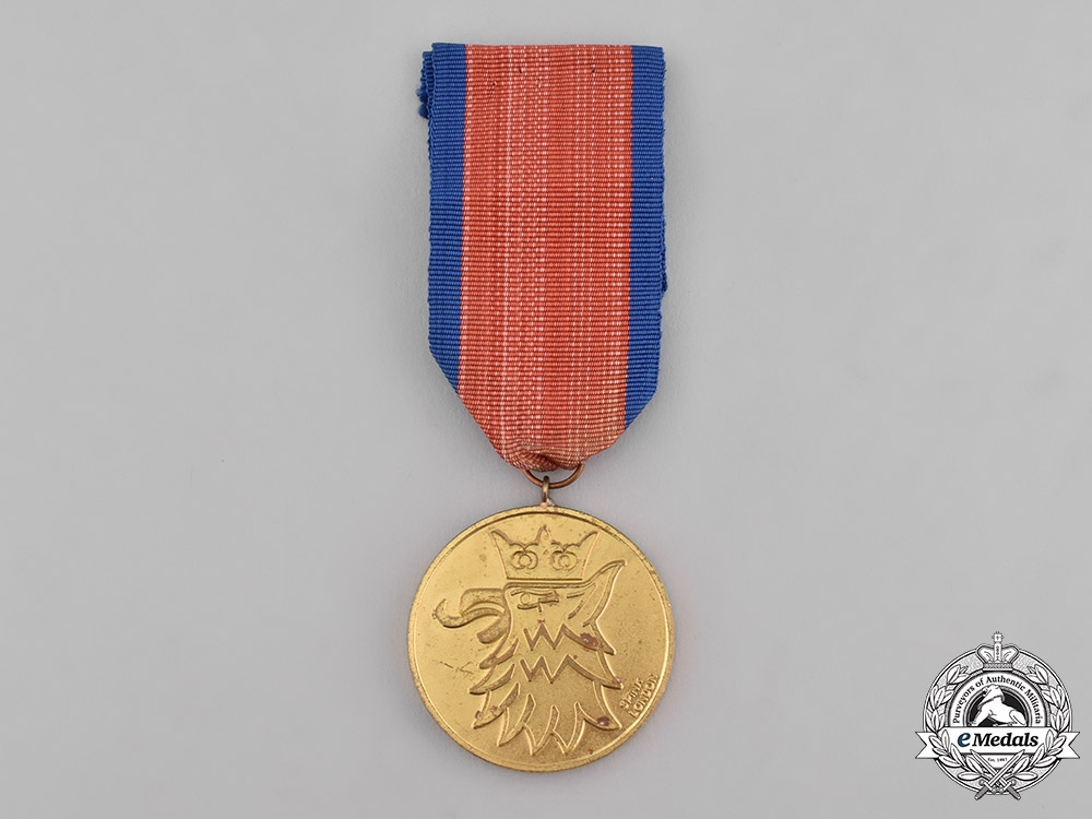 eMedals-Poland, Republic. A 1st Independent Parachute Brigade Group Arnhem Medal, Gold Grade