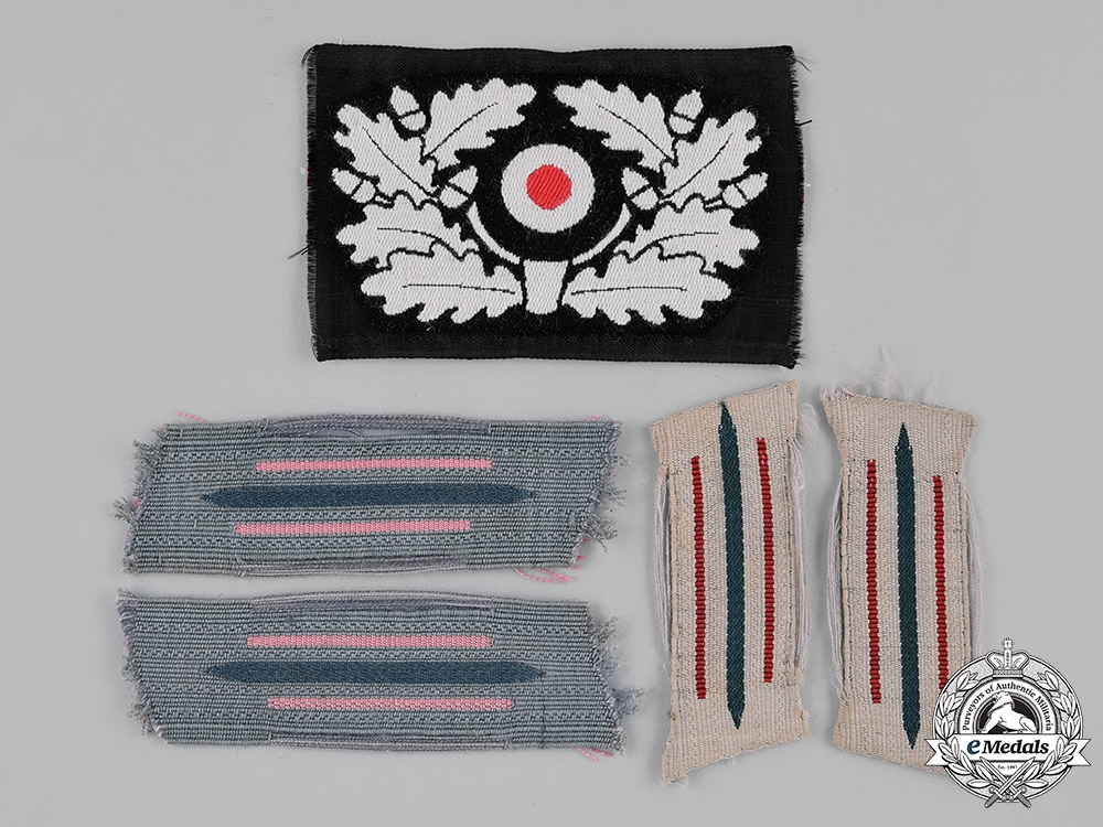 eMedals-Germany, Wehrmacht. A Lot of Second War Period Wehrmacht Insignia