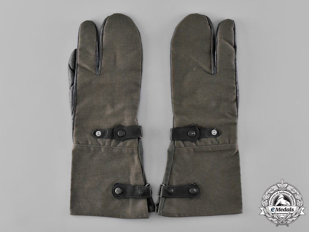 eMedals-Germany, Third Reich. A Pair of Unissued Second War Motorcycle Mitten-Gauntlets