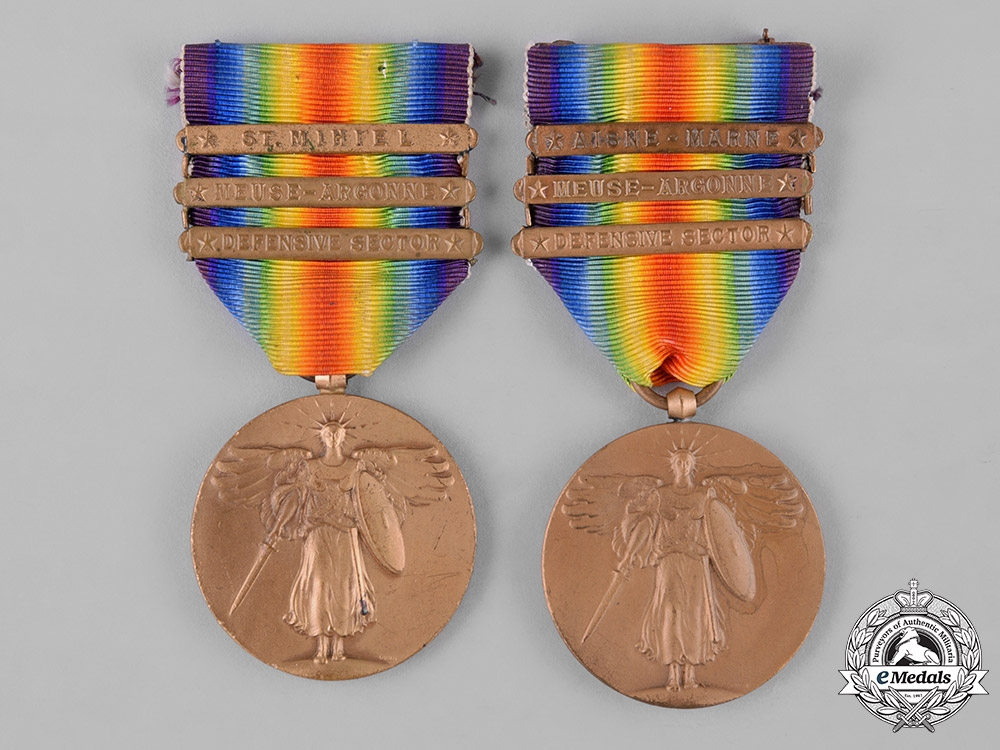 eMedals-United States. Two First War Victory Medals