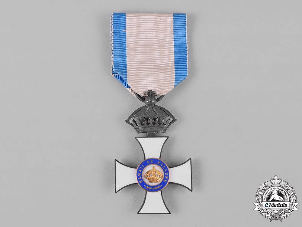 eMedals-Hawai'i, Kingdom. An Order of the Crown, Companion's Badge, by Kretly, Paris, c.1885