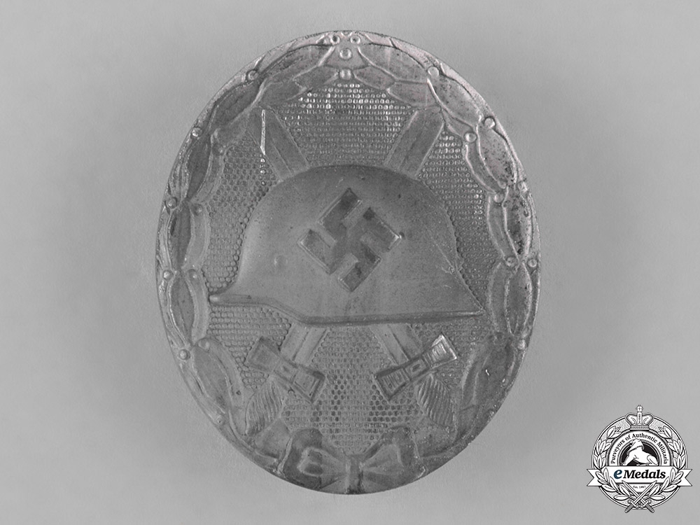 eMedals-Germany, Wehrmacht. A Silver Grade Wound Badge by B.H. Mayer