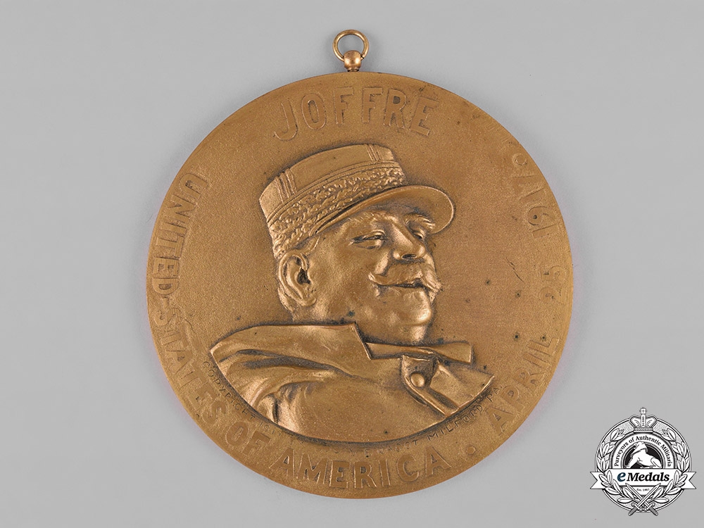 eMedals-France, III Republic. A Marshal Joffre's Visit to the United States Table Medal 1917