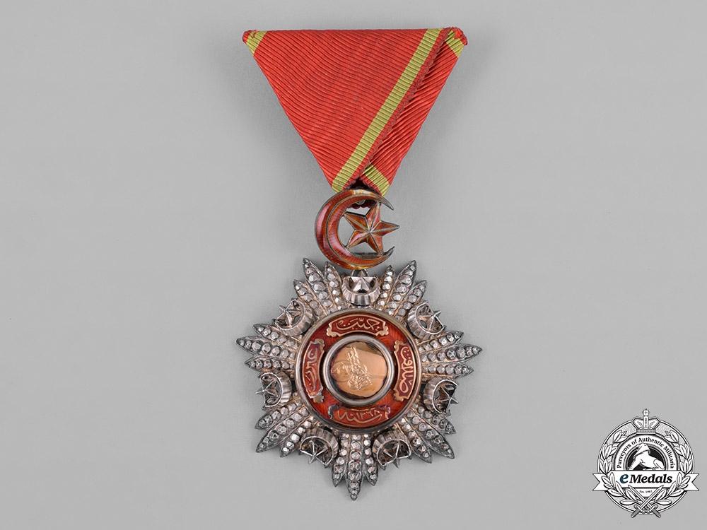eMedals-Turkey, Ottoman Empire. An Order of Medjidie (Mecidiye), V Class Knight, c.1915