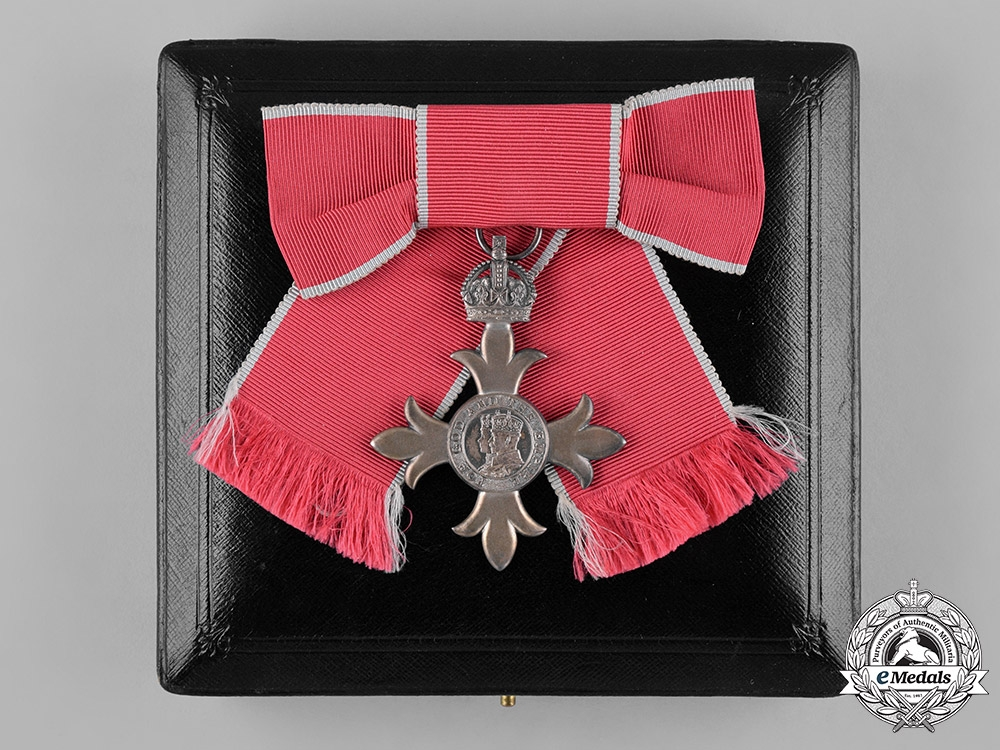 eMedals-United Kingdom. A Most Excellent Order of The British Empire, (MBE) Breast Badge for Women, c.1950