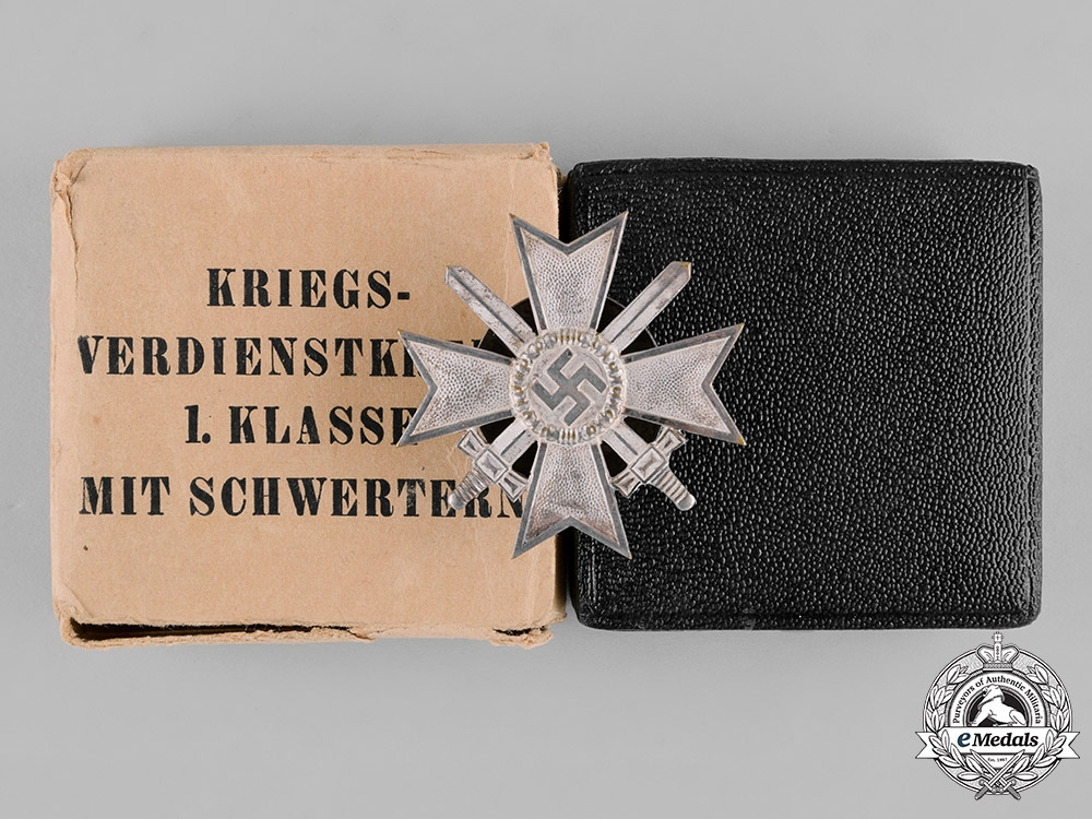 eMedals-Germany, Wehrmacht. A War Merit Cross, I Class with Swords, by C.E. Juncker, with Case