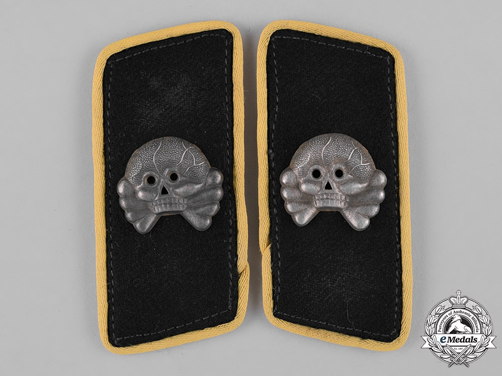 eMedals-Germany, Heer. A Set of Panzer Signals Personnel Collar Tabs