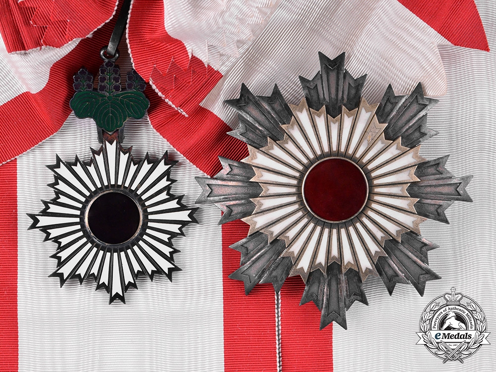 eMedals-Japan, Imperial. An Order of the Rising Sun, I Class Grand Cordon, c.1900