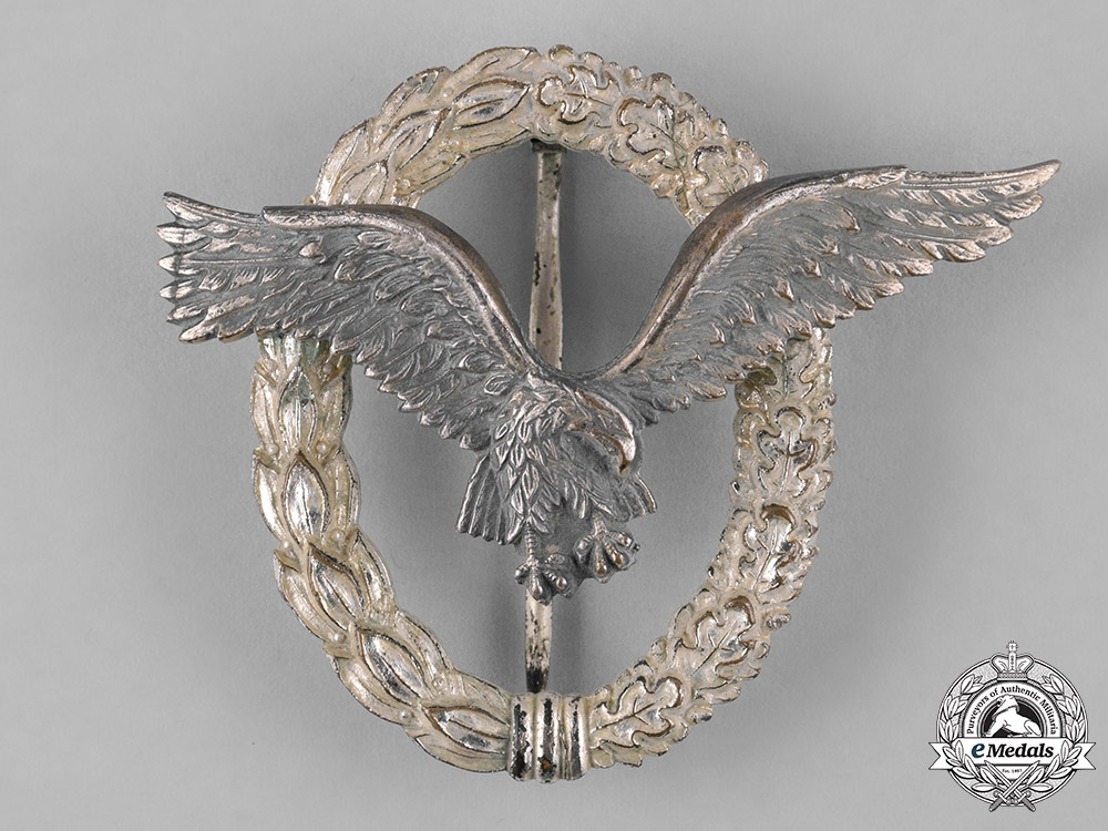eMedals-Germany, Luftwaffe. A Pilot's Badge, Early 1957 Issue