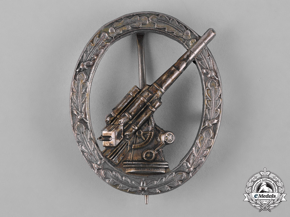 eMedals-Germany, Heer. A Flak Badge, Early 1957 Issue