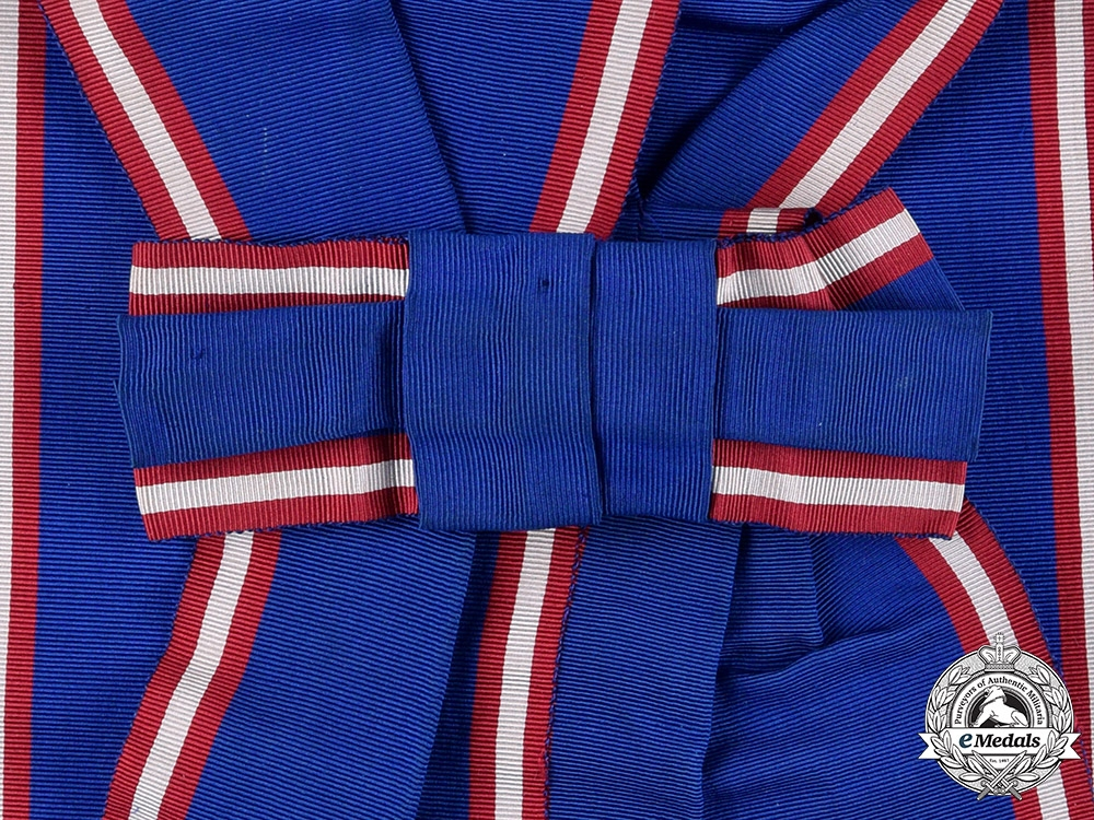 eMedals-United Kingdom. A Royal Victorian Order, I Class Grand Cross Sash