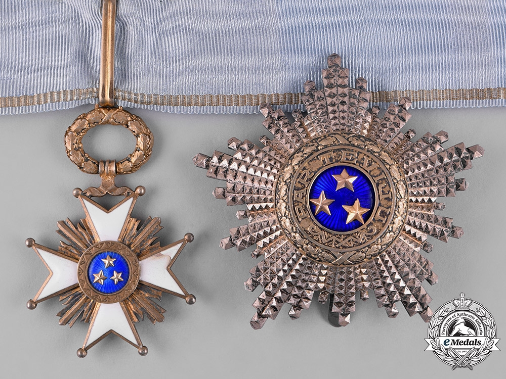 eMedals-Latvia, Republic. An Order of the Three Stars, II Class, by W.F. Müller, c.1935
