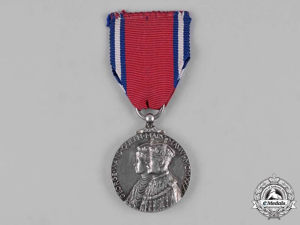 eMedals-United Kingdom: A King George V & Queen Mary Silver Jubilee Medal 1935