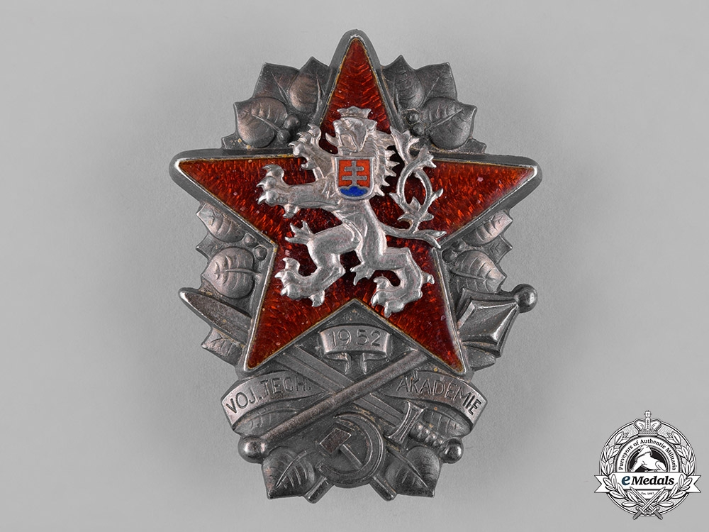 eMedals-Czechoslovakia, Socialist Republic. A Military Technical Academy Graduation Badge, c.1952