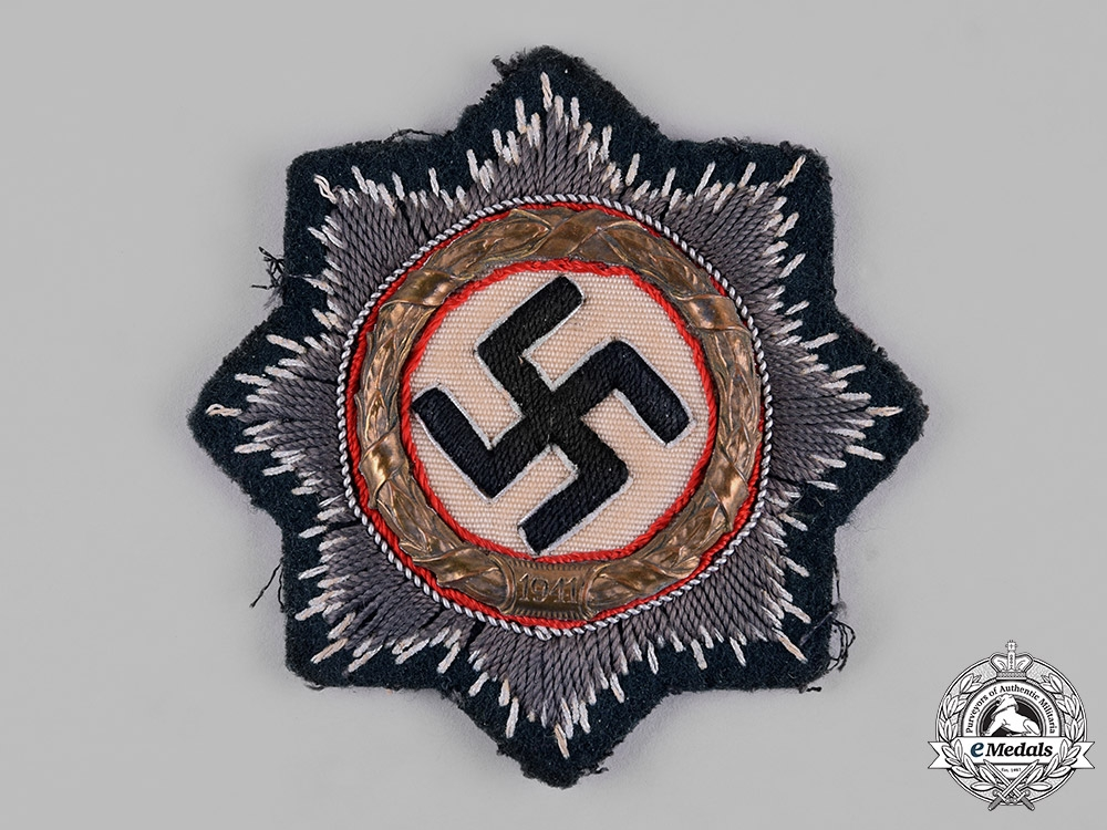 eMedals-Germany, Wehrmacht. A German Cross in Gold, Cloth Version, by C.A. Westmann