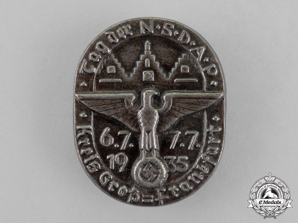 "eMedals-Germany. A 1935 District Greater Frankfurt ""Day of the NSDAP"" Celebration Badge"
