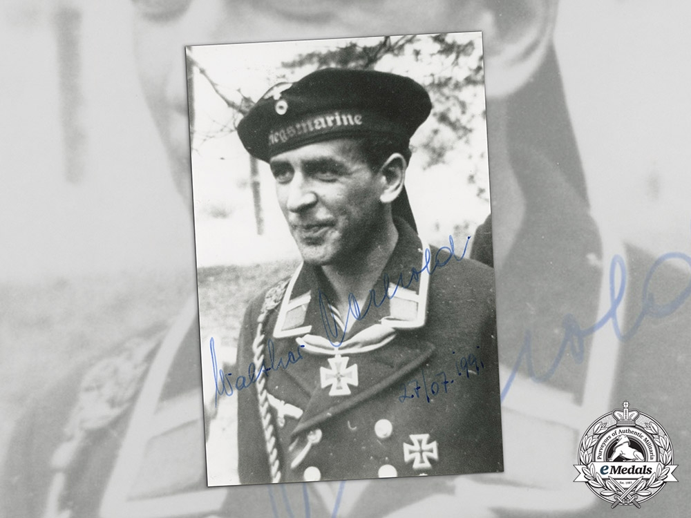 eMedals-Germany. A Post War Signed Photo of Human Torpedo Pilot Walther Gerhold (KC)