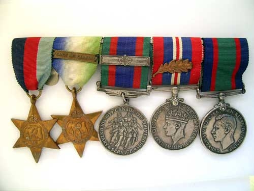 eMedals-WWII  GROUP OF FIVE – NAVY
