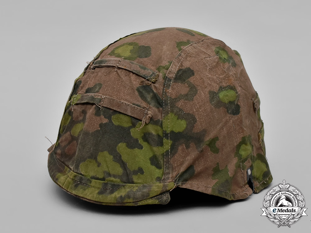eMedals-Germany, Waffen-SS. A Camouflage Helmet Cover