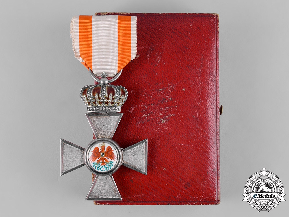 eMedals-Prussia. An Order of the Red Eagle, Civil Division, IV Class with Crown, by Zehn, c.1910