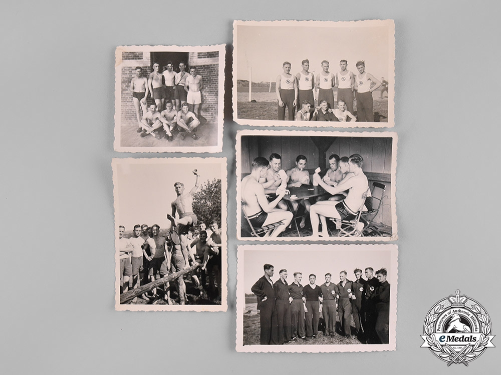 eMedals-Germany, SS. A Group of SS Photographs