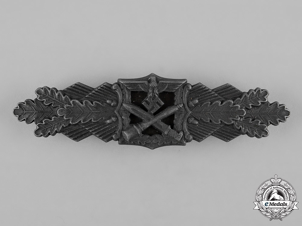 eMedals-Germany, Wehrmacht. A Close Combat Clasp in Bronze by Josef Feix & Söhne